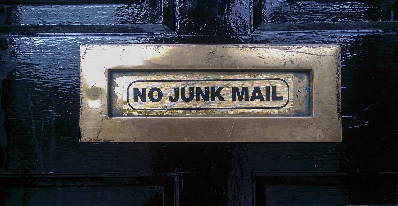 How to begin an email – and not put people off